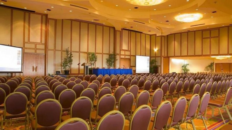 423_Hilton-Trinidad-Hotel-and-Conference-Centre-800-x-449